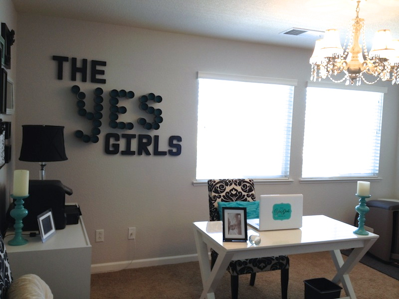 The Yes Girls office5