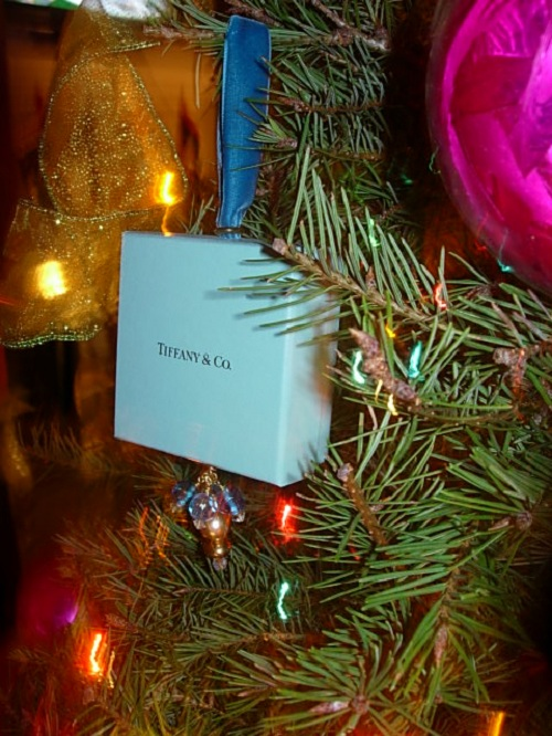 Tiffany's Ring Box Ornament | The Yes Girls