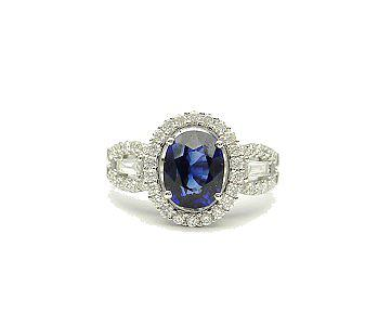 R and R Jewelers Sapphire Ring