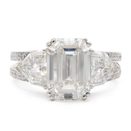 Wixon Jewelers Emerald Ring