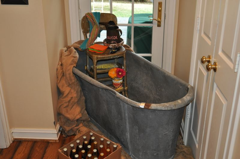 Fiesta Theme Bathtub