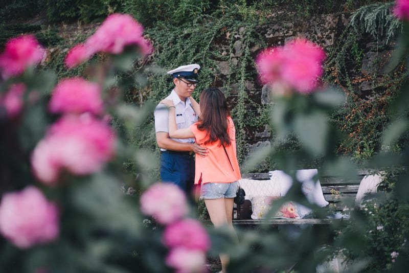 portland rose garden marriage proposal by the yes girls15