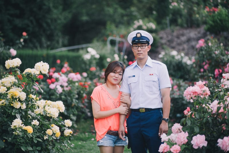 portland rose garden marriage proposal by the yes girls 27