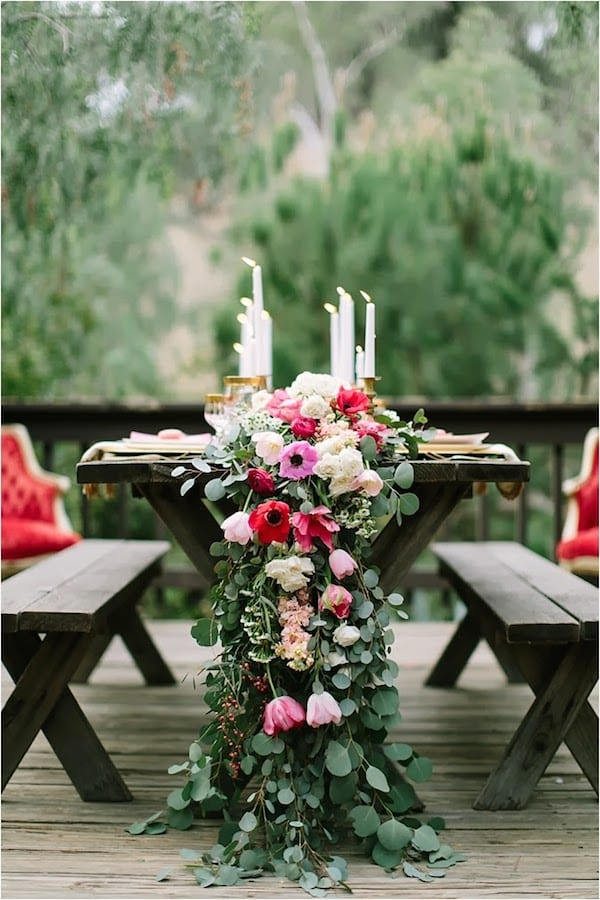 romantic rustic fresh flower table runner centerpieces