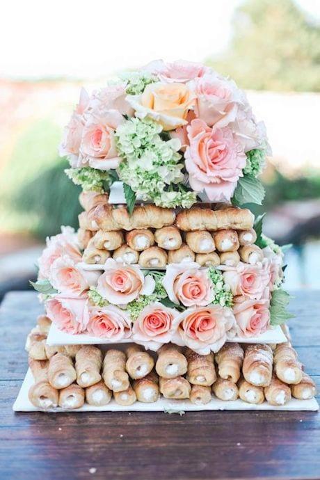italian pastries instead of wedding cake