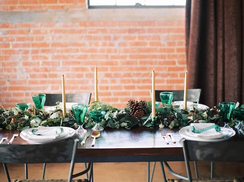 pearls and poppies centerpieces
