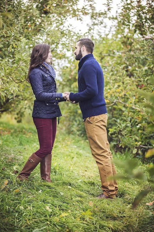 orchard fall marriage proposal idea