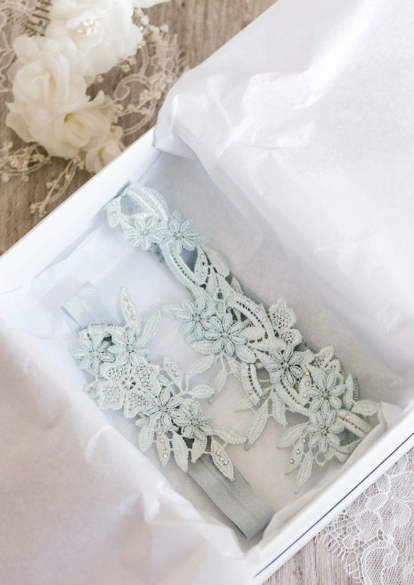 something blue: bridal garter