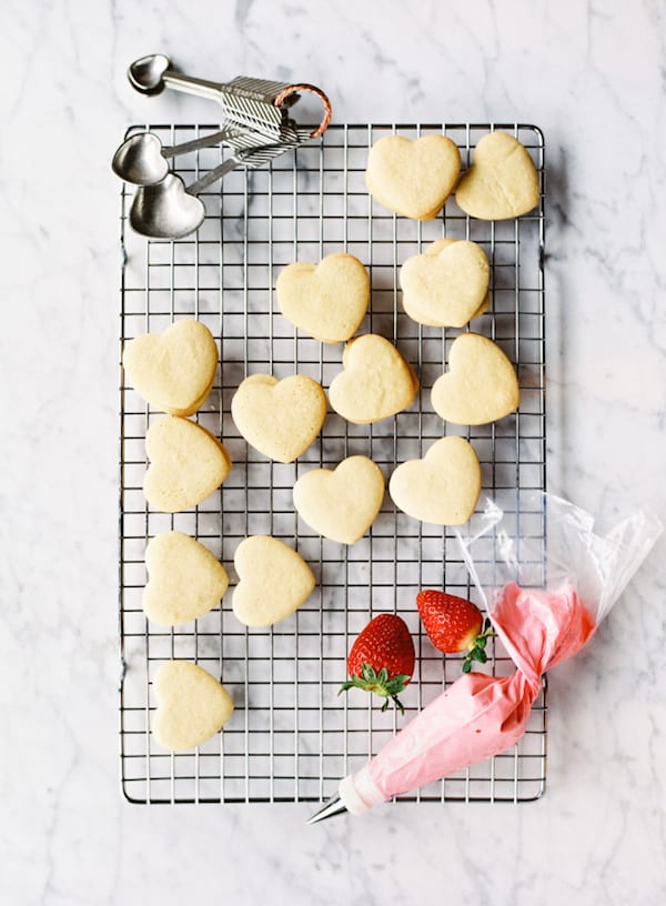 bake christmas cookies with your husband