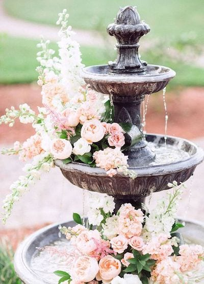 Stunning Ways to Use Flowers in Your Wedding