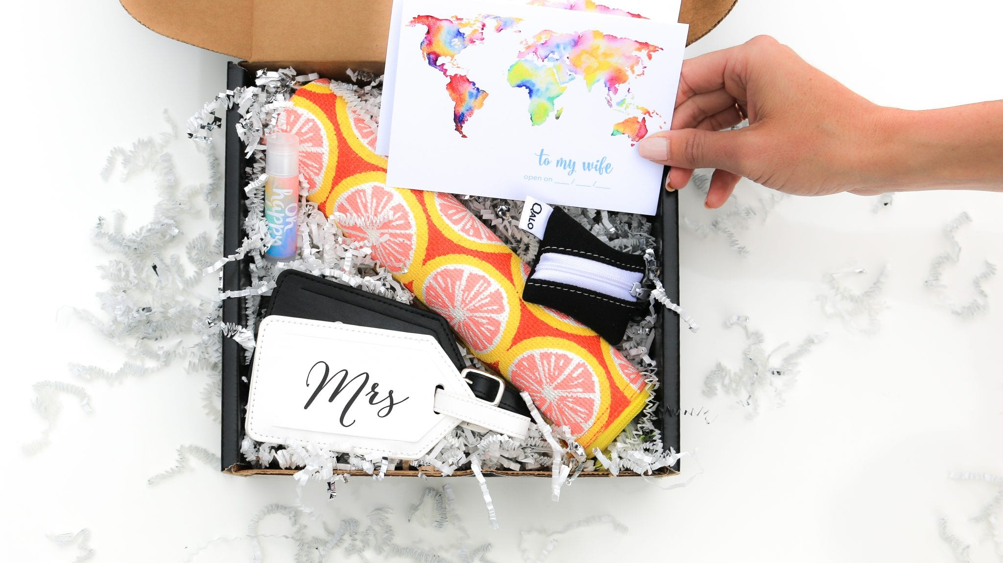 perfect bridal shower gift for couple going on honeymoon