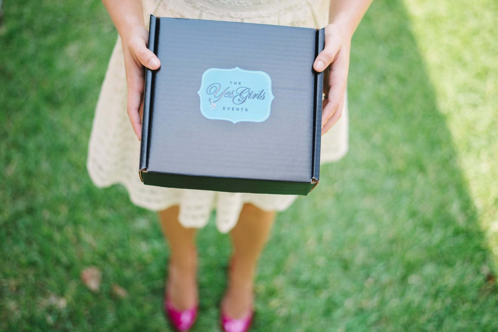 send a surprise love gift box by the yes girls
