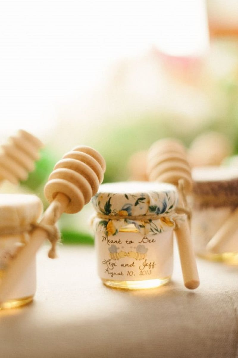 Unique summer wedding favors