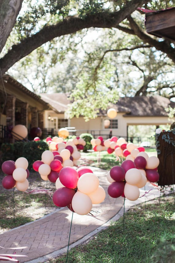 ways to incorporate balloons into wedding