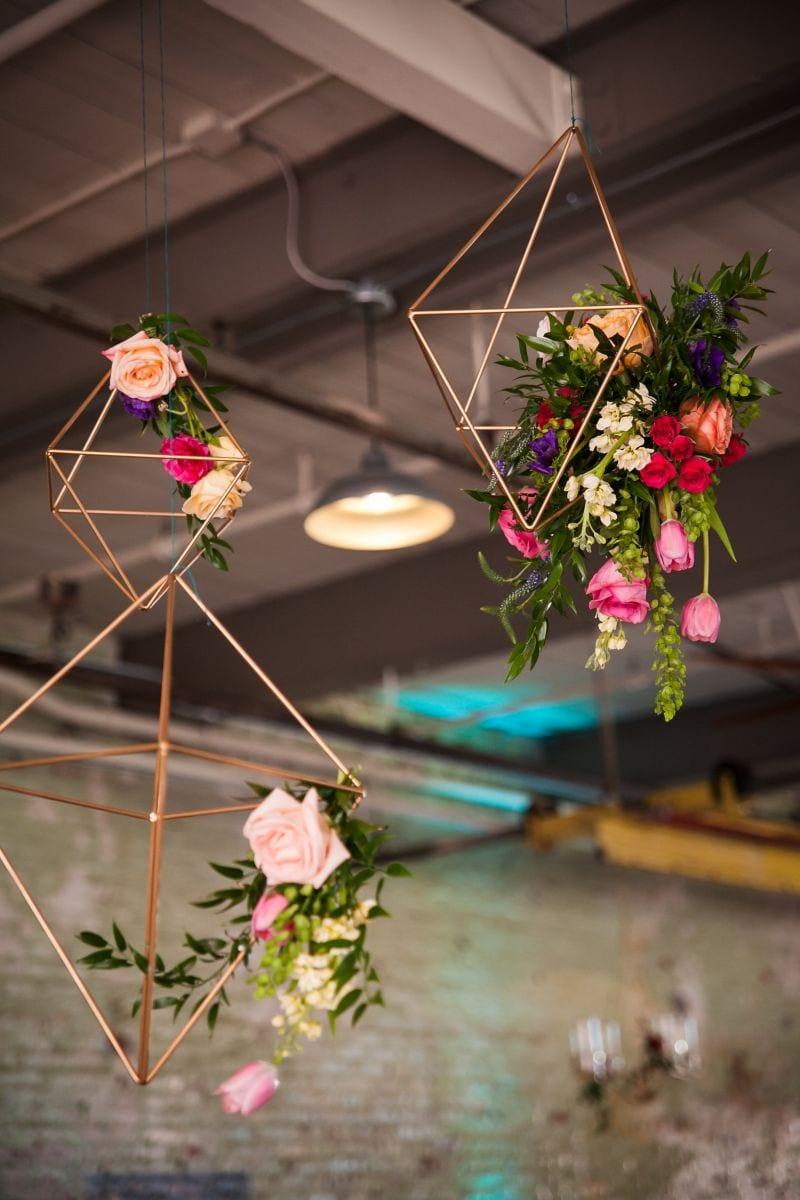 gold geometric wedding decor