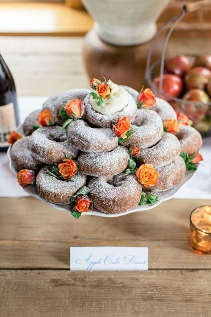 autumn wedding donuts tray