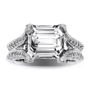 design-jeweler-engagement-ring