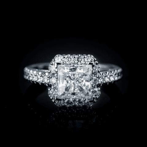robert-pelliccia-engagement-ring-4