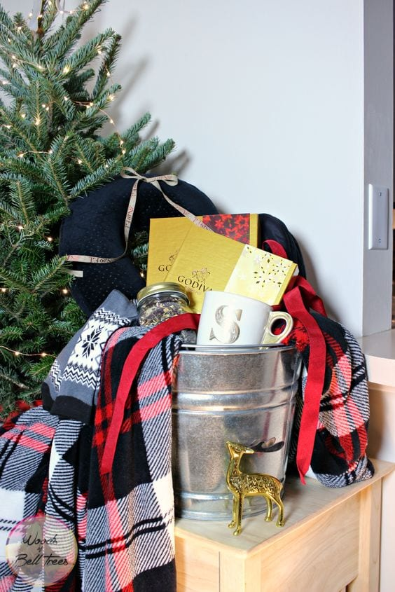 couples gift basket