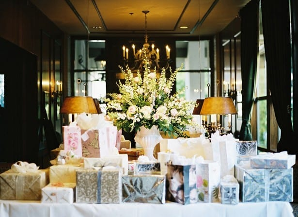 wedding registry items and tips