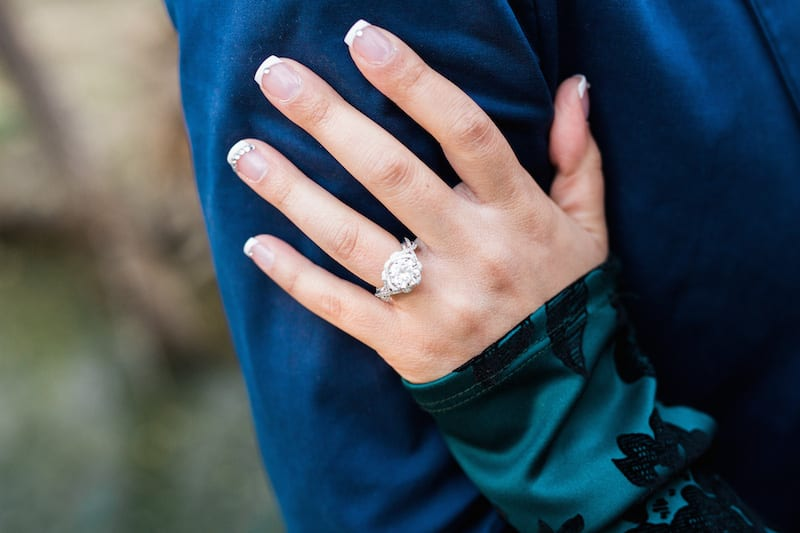 extravagant marriage proposal ring