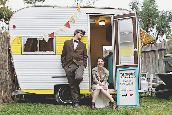 vintage rentals at weddings