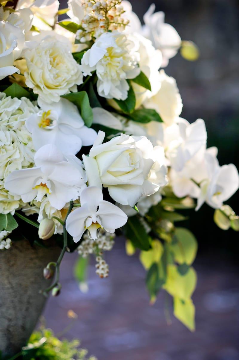 white flower arrangements