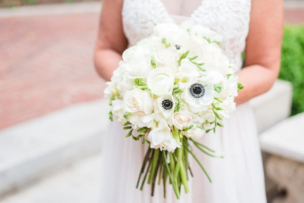 black white and green wedding inspiration