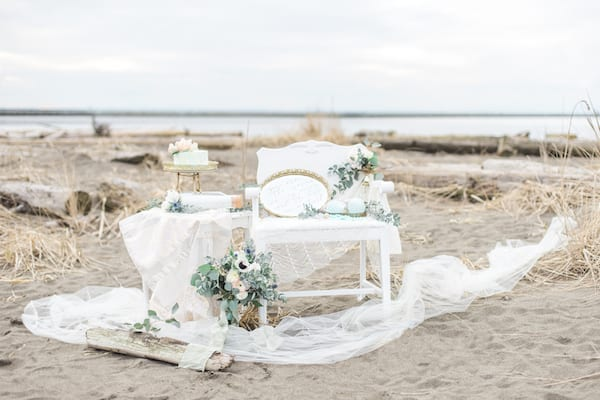 beach styled shoot