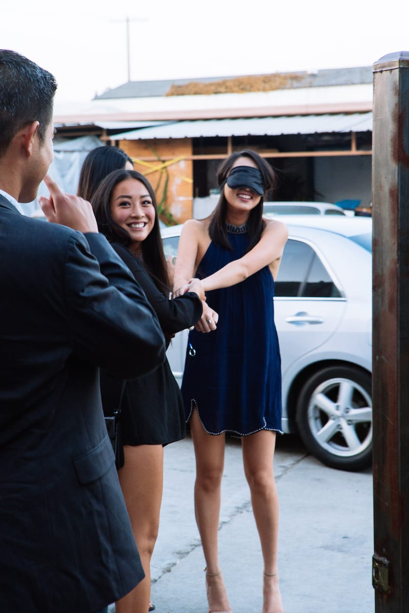 gal pals secretly bring friend to her proposal