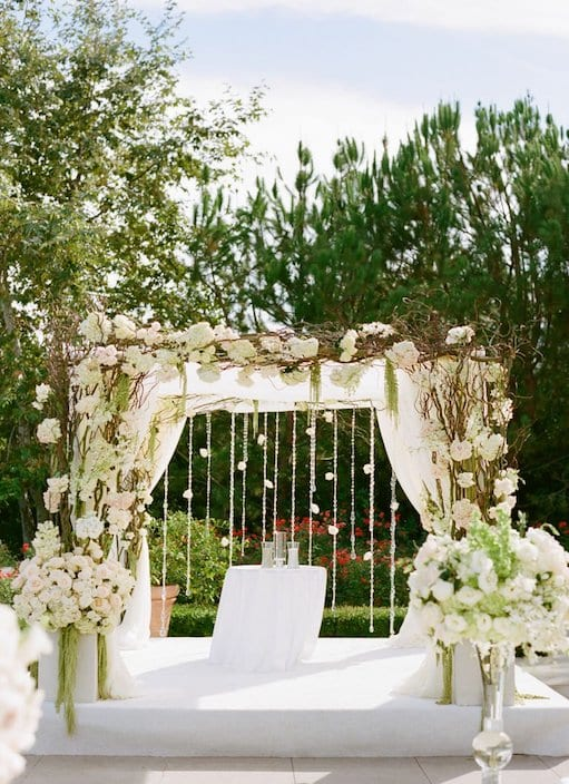 wedding chuppah made of flowers