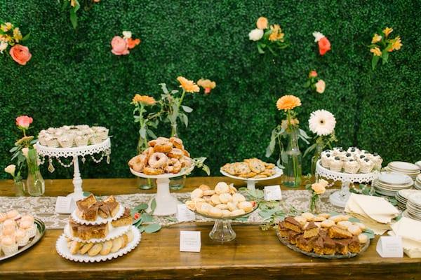 dessert bar for fall wedding