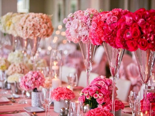 ombre pink and white wedding table