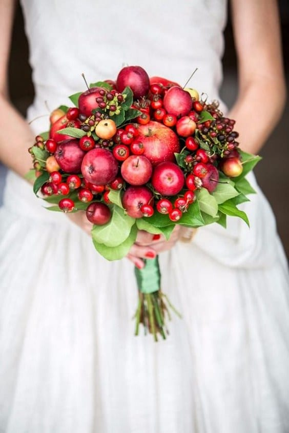 Apples in your autumn wedding the yes girls autumn wedding apple decorations junglespirit