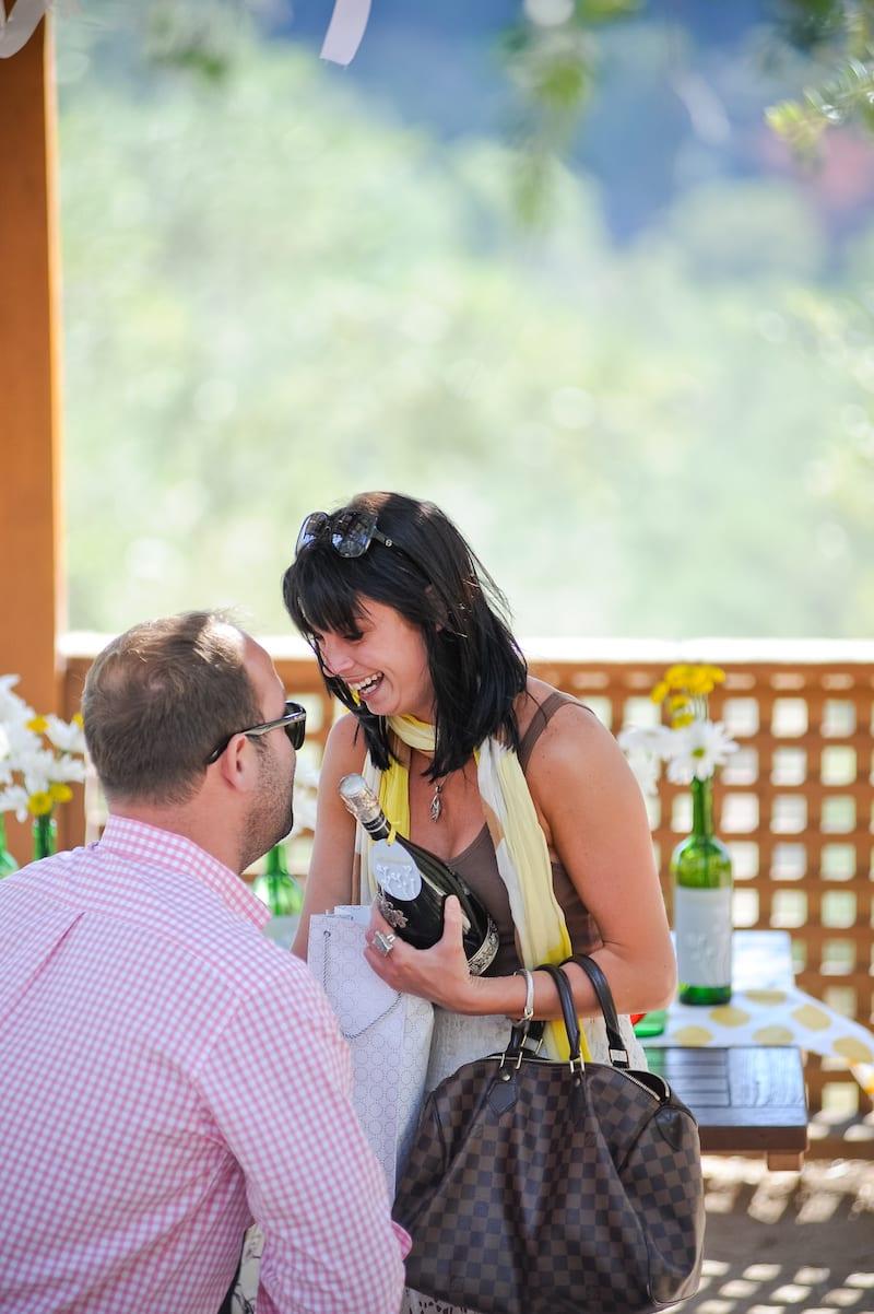 surprise engagement pictures