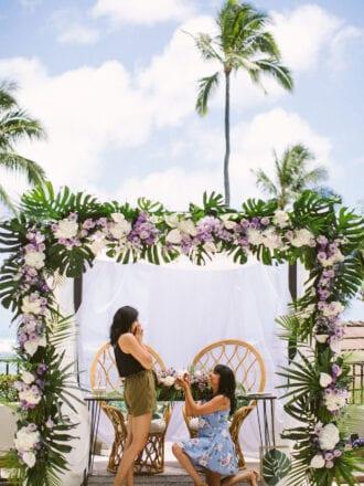Woman proposing in hawaii