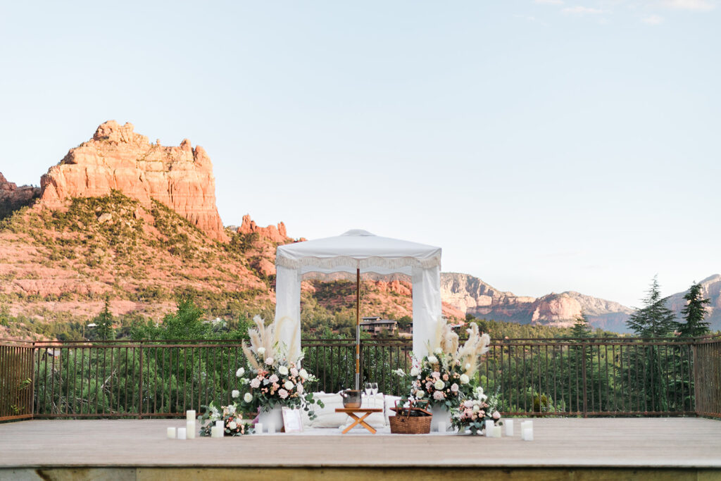 sedona marriage proposal planners set up surprise proposal