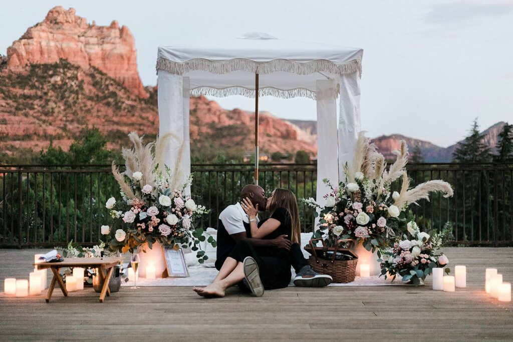 romantic sedona proposal with outdoor red rocks by the yes girls