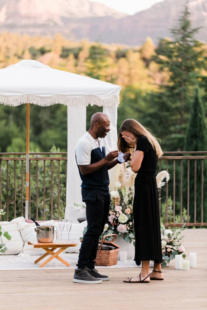 sedona proposal by the yes girls with outdoor red rocks