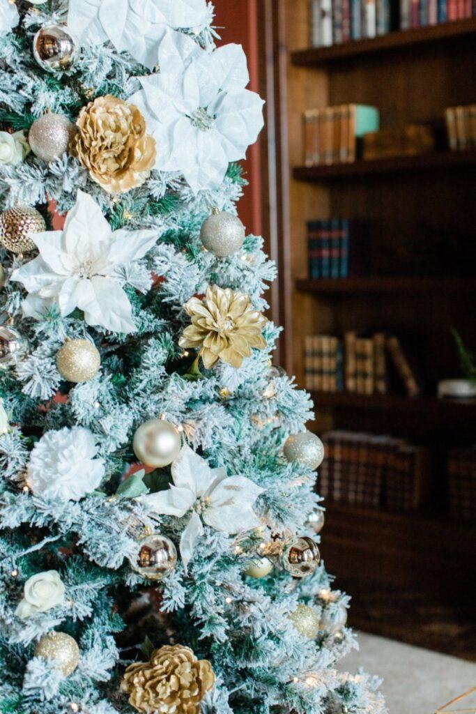 christmas tree proposal decor