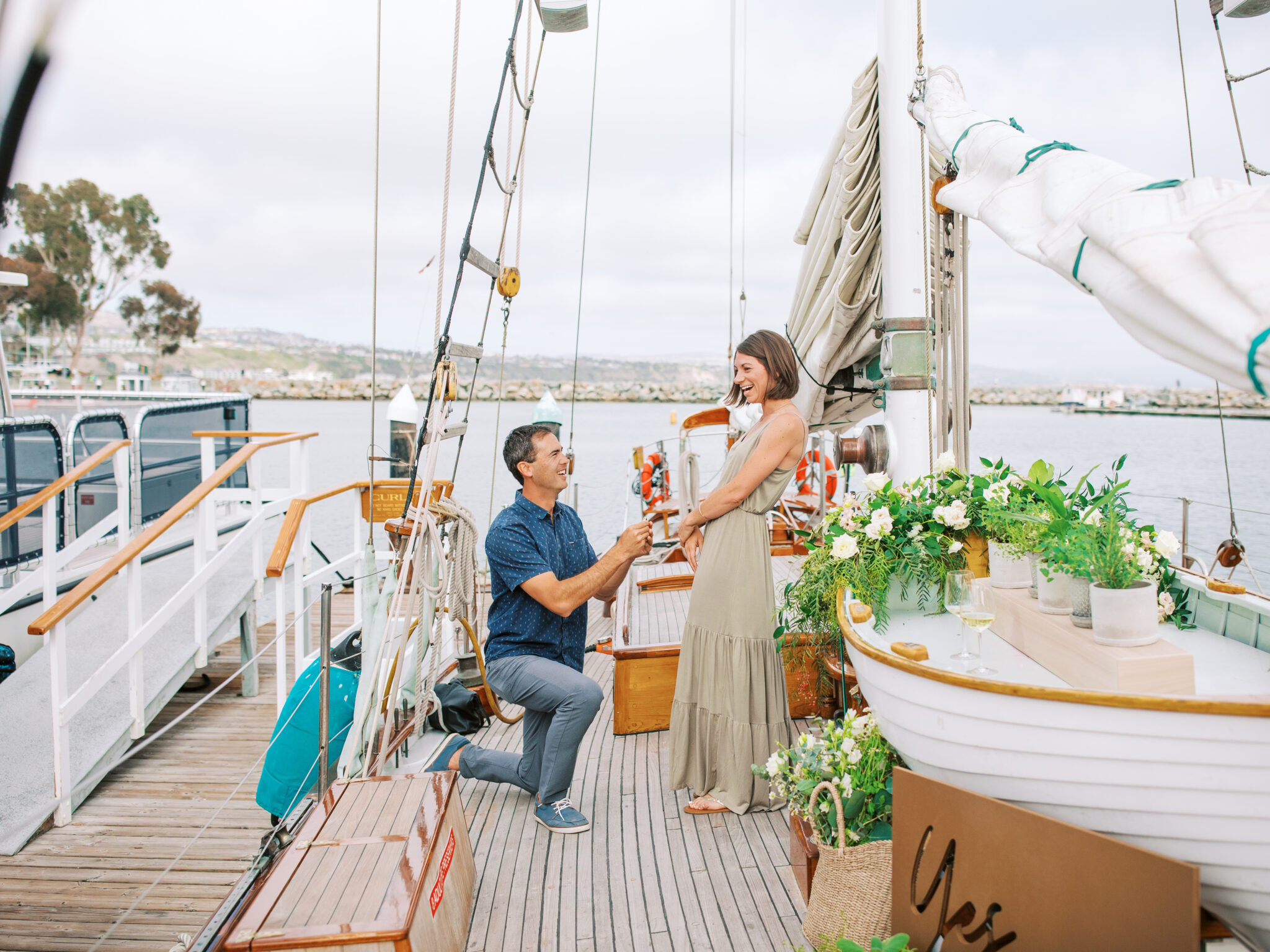 marriage proposal on yes local boat in orange county