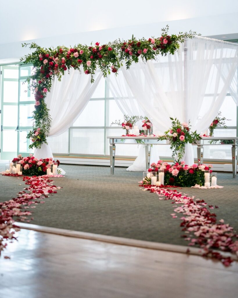 red roses on chuppah