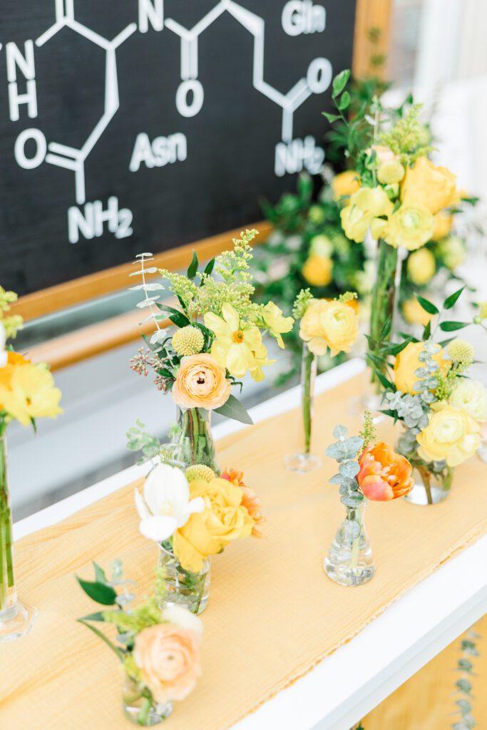 Beaker bud vases